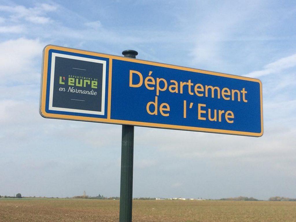 Il est 13h lEure de djeuner en Normandie