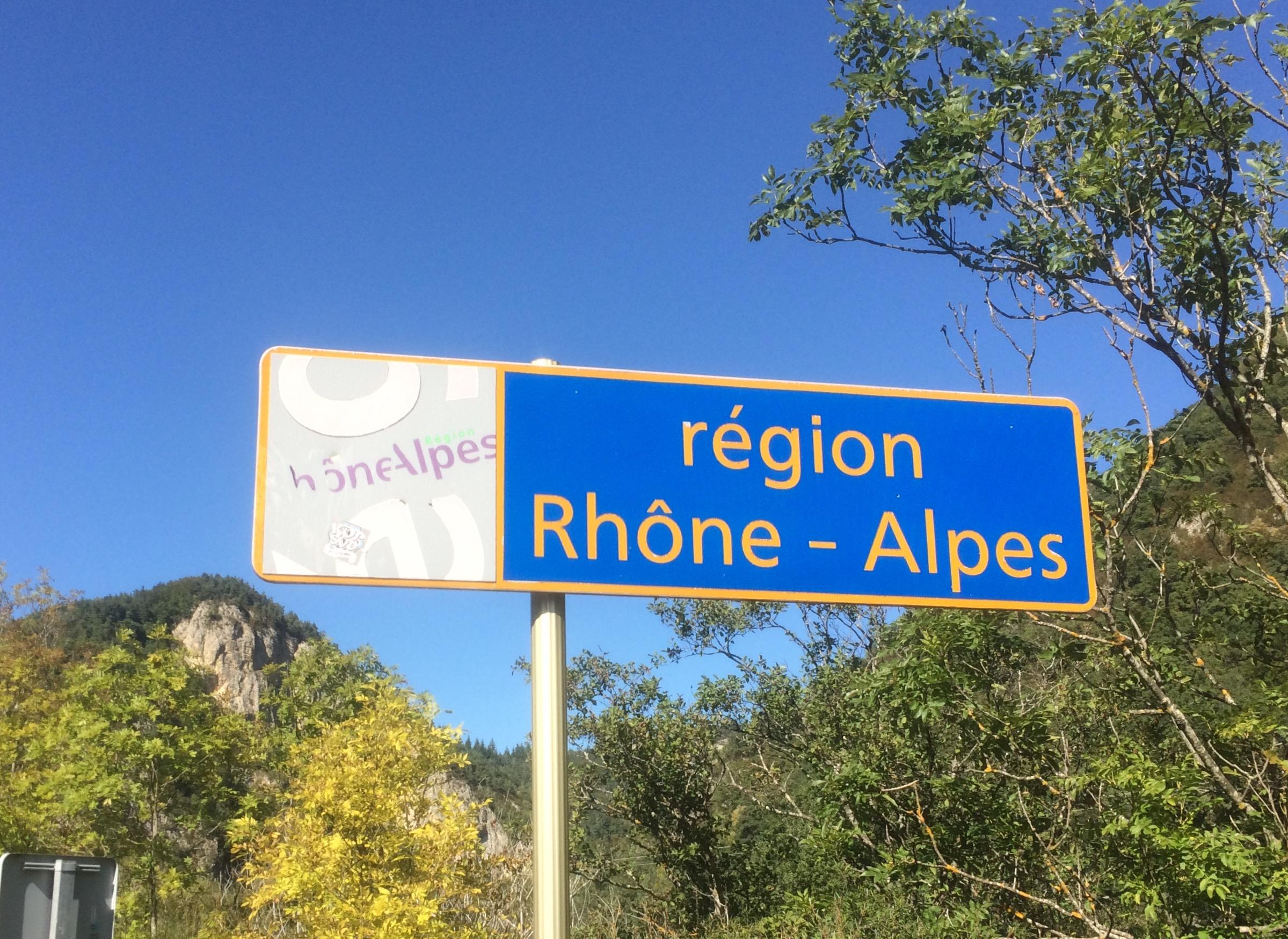 Je contacte com rhone alpes